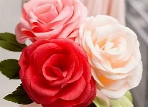 Comment Faire Des Roses En Papier : les 25 meilleures id es de la cat gorie roses en papier cr pon sur pinterest roses de papier ~ Melissatoandfro.com Idées de Décoration
