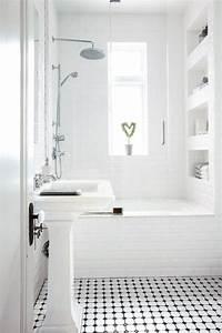 idee decoration salle de bain petite salle de bains With petite salle de bain avec douche et baignoire