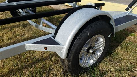 How To Mount Boat Trailer Fenders by Trailer Features Marine Master Trailers
