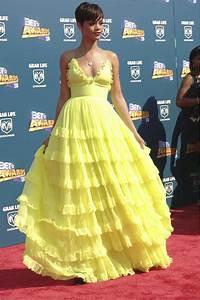Rihanna 2008 BET Awards Yellow Ruffled V Neck Dress With