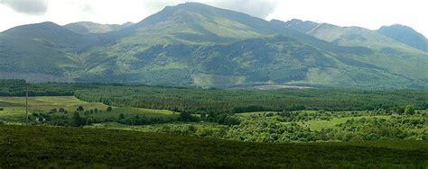 treknature ben nevis mountain range photo
