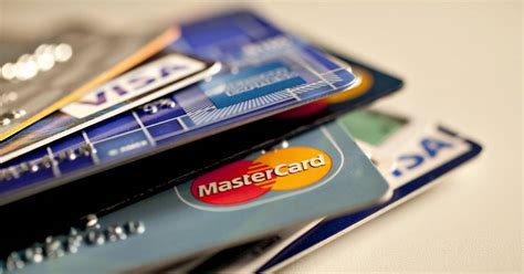 The average credit limit for new prime credit cards was $7,086. Banks are putting lower limits on new credit cards