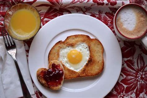 cuisiner les oeufs 10 astuces pour cuisiner parfaitement vos oeufs les