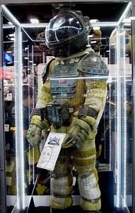 Best 25+ Space suit costume ideas on Pinterest | Space ...