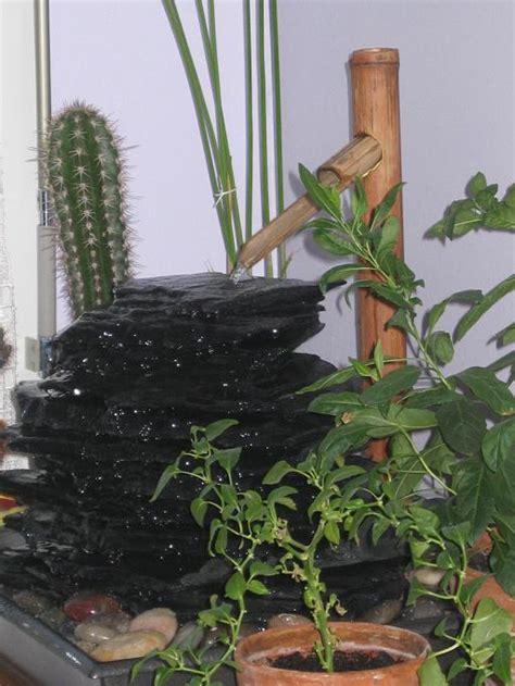 petite pompe pour fontaine d int rieur fabriquer sa fontaine installez le bassin et le raccord