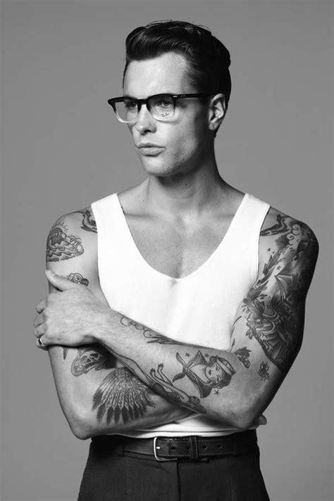 47 Inked Bad Boy Editorials | Anaya, Tatuajes de diseño gráfico y Hombres tatuados