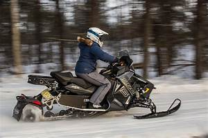 Snowmobile Pictures to Get You Excited About Riding ...