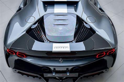 Tại bonbanh.com thông tin giá xe ferrari và các mẫu xe mới luôn được cập nhật thường xuyên, đầy đủ và chính xác. Ngắm siêu xe Ferrari SF90 hơn 22 tỷ đồng của đại gia Hồng Kông đầ