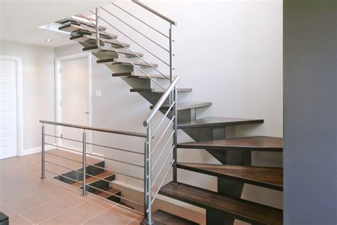 leroy merlin re d escalier maison design hompot