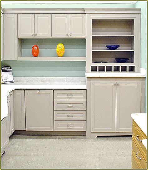 martha stewart green kitchen cabinets martha stewart kitchen cabinets oxhill cabinet 49830