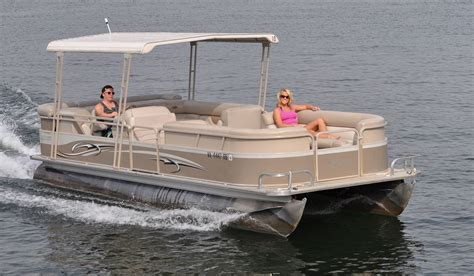 Lake House Rental With Pontoon Boat pontoons smith mountain lake houseboat rentals at parrot