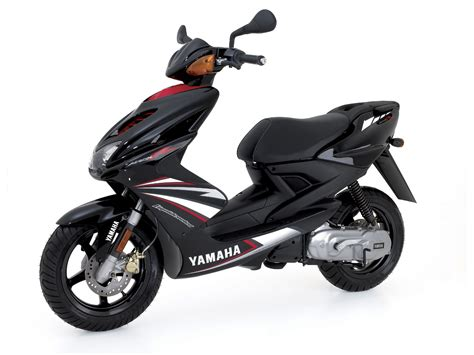 yamaha aerox r 2007 yamaha aerox r scooter pictures specifications