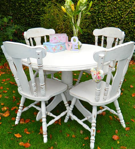 shabby chic table and chairs top 50 shabby chic round dining table and chairs home