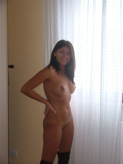 Sexy Amateur Latina Wife Having Some Fun –