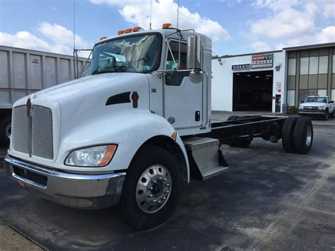 buy used kenworth truck 2014 kenworth cab chassis trucks for sale used trucks on