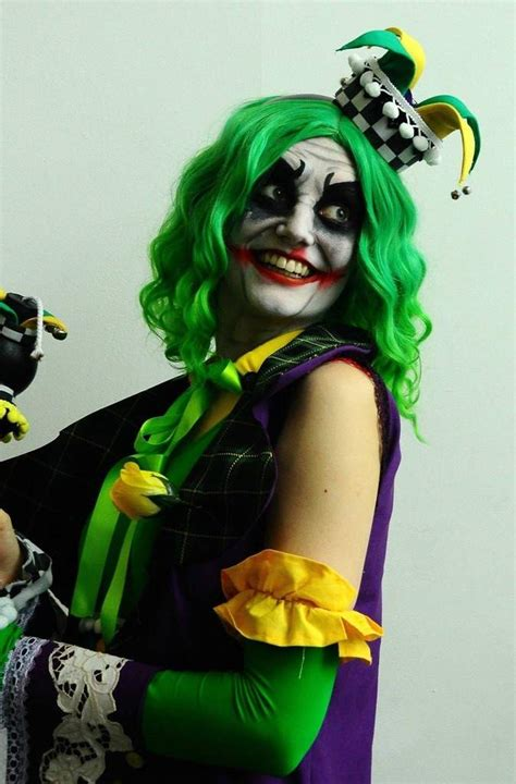 Female Jester Joker And Male Harley Quinn Cosplay Amino