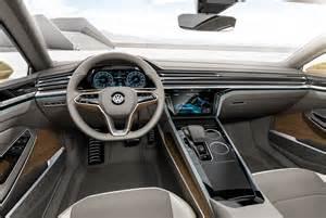 """VW-Studie Studie """"Sport Coupé GTE"""": Cockpit Auch hier"""