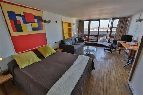 chambres avec vues chambre deluxe avec balcon vue mer la musée 158
