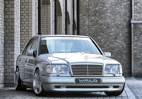 Enjoy and share your favorite beautiful hd wallpapers and background images. WALD Mercedes-Benz E-Klasse Executive Line (W124) '1990 | Мерседес бэнс, Роскошный автомобиль ...
