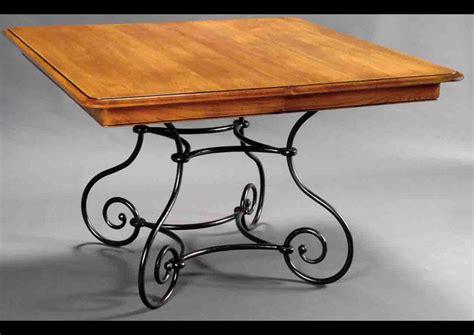 canape et fauteuil acheter votre table carrée piètement fer forgé chez simeuble