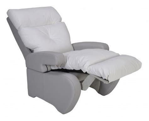 fauteuil de repos inclinable fauteuil de repos manuel inclinable nostress blanc innov sa fauteuils de repos togisant 233