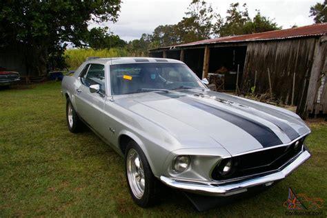 amazing mustang v8 1969 ford mustang 302 v8 4v amazing