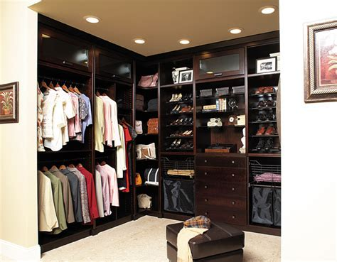 Elegant Bath & Wellborn Closets