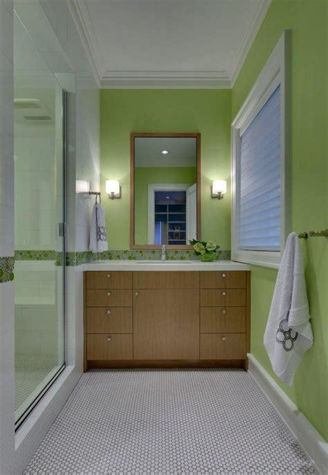 Farbe Badezimmer Grün Holz Waschtischunterschrank Walkin