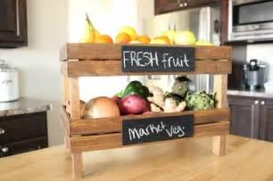 kitchen shelf ideas muebles reciclados hechos con cajas de frutas