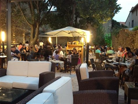 collioure un restaurant dans un jardin extraordinaire