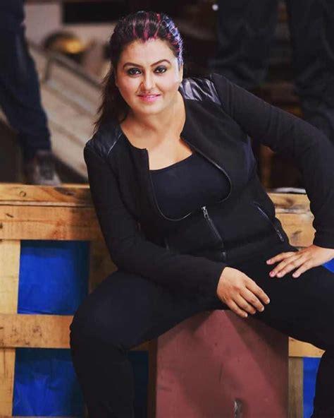 sona hayden  indian filmy actress