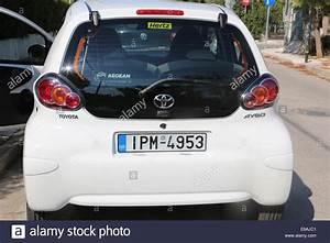 Hertz Auto Mieten : hertz car rental stockfotos hertz car rental bilder alamy ~ Watch28wear.com Haus und Dekorationen