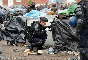 Calais threatens more forced expulsions of asylum seekers ...