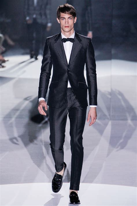 Fashionable Outfits for Men u2013 The Elitist View Menu0026#39;s Fashion The 5 Best Gucci Summer Menswear ...