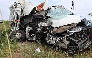 Accident De Voiture Mortel 77 : accident mortel sur l a10 le conducteur ne s est toujours pas d nonc charente ~ Medecine-chirurgie-esthetiques.com Avis de Voitures