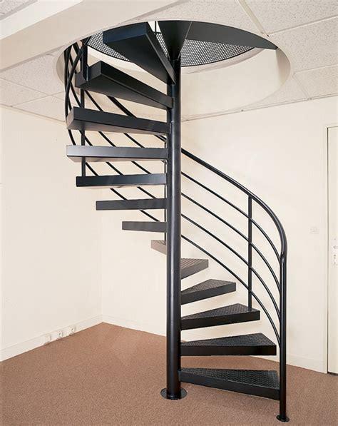 escalier helicodal pas cher deco escalier helicoidal