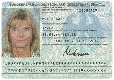 vor  jahren erster maschinenlesbarer personalausweis