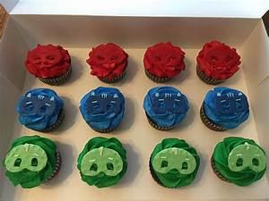 Pj Masks Birthday Cake With Coordinating Cupcakes