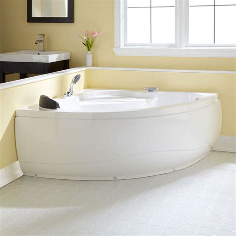 Small Bathrooms With Tubs by Corner Soaking Tubs For Small Bathrooms Small Corner