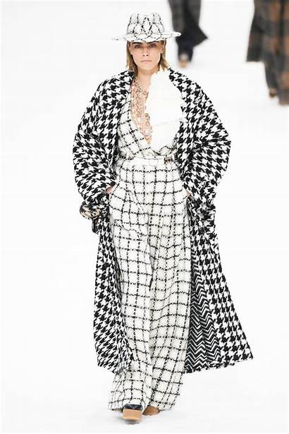 Runway Karl Chanel Lagerfeld Designer Final Cara