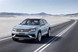 Crossover Hybride Comparatif : photo volkswagen cross coupe gte interieur exterieur ann e 2015 ~ Maxctalentgroup.com Avis de Voitures