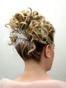 coiffure de mariage cheveux mi chignon mariage cheveux mi