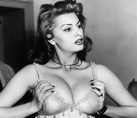 Celebrity Bra Size, Body Measurements and Plastic Surgery ...