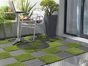 Gazon Artificiel Balcon : table de balcon ou de terrasse en 20 id es jolies et pratiques ~ Edinachiropracticcenter.com Idées de Décoration