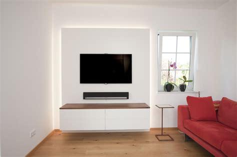 Indirekte Beleuchtung Tv Wand tv wand mit indirekter beleuchtung wohnen tv wand