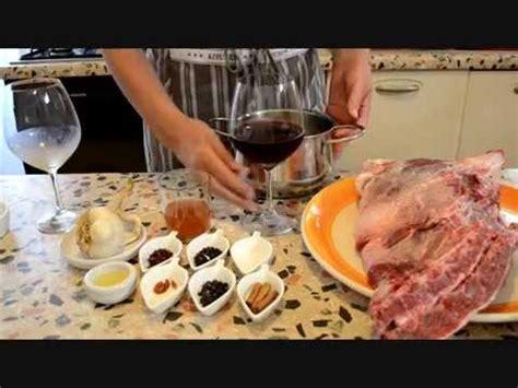 come cucinare il cinghiale al sugo come fare il cinghiale in agrodolce guide di cucina