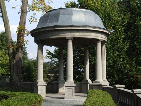 Filegarden Pavilion In Rogaujpg  Wikimedia Commons