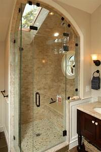 une salle de bain sous pente ou sous combles en 52 photos With salle de bain amenagee