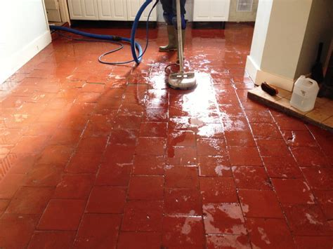 200 year old Quarry Tiled Floor Restored in Milton Abbas