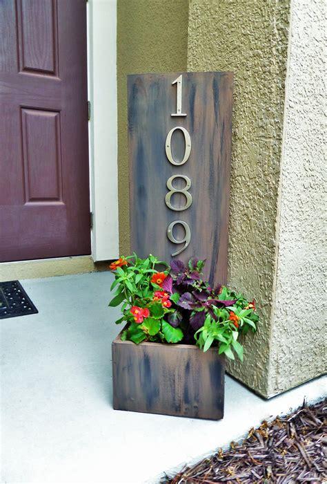 diy address plaque planter box   guest  denise